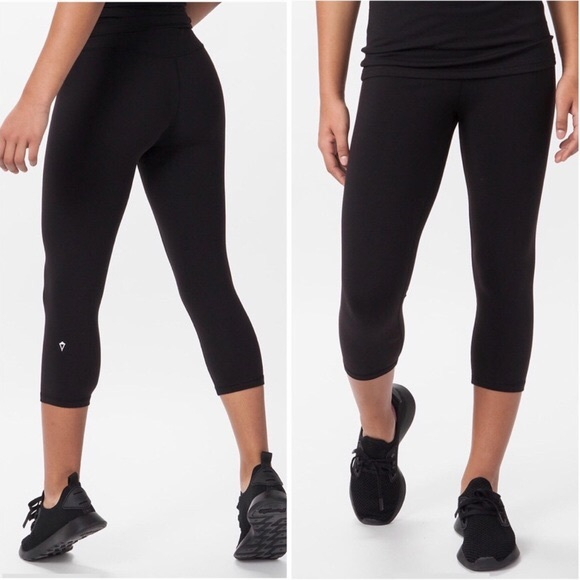 1431d7a600 Ivivva Bottoms | Lululemon Black Crop Leggings Girls 12 L462 | Poshmark